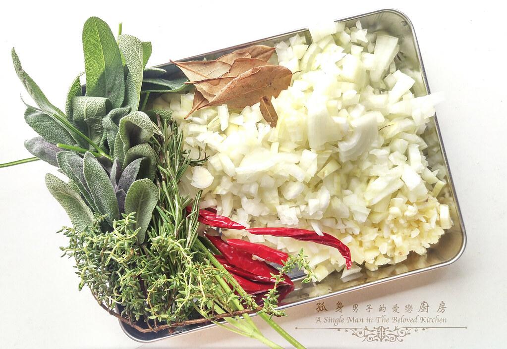 孤身廚房-香草使用不手軟!我的招牌香料燉牛肉7