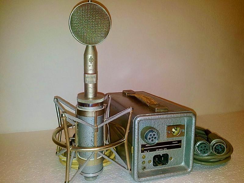 "Neumann - Geffel CMV-563 (EC92) Tube Microphone with an M7 cardioid ""lollipop"" style Interchangeable ""Bayonet Mount"" Capsule Head."