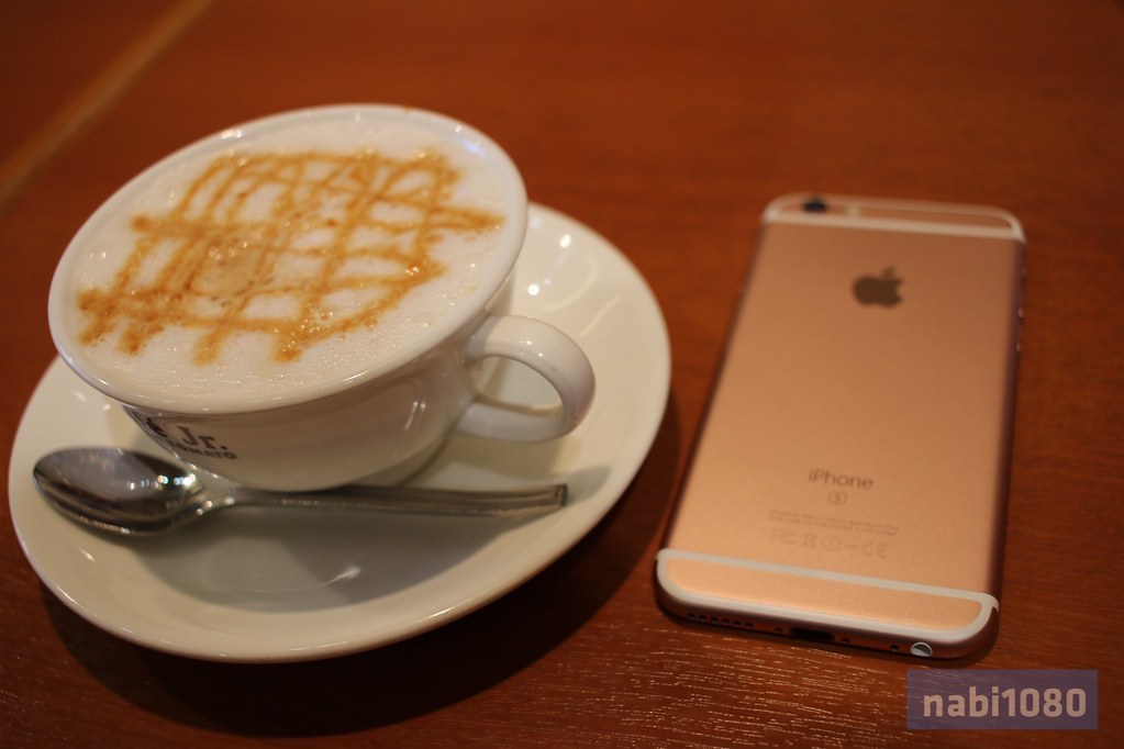 iPhone 6sローズゴールド18