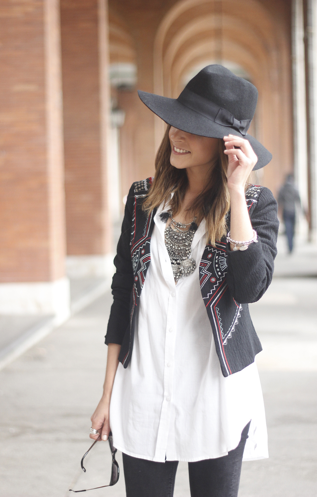 embroidered jacket black ripped jeans hat parfois red shoes outfit10