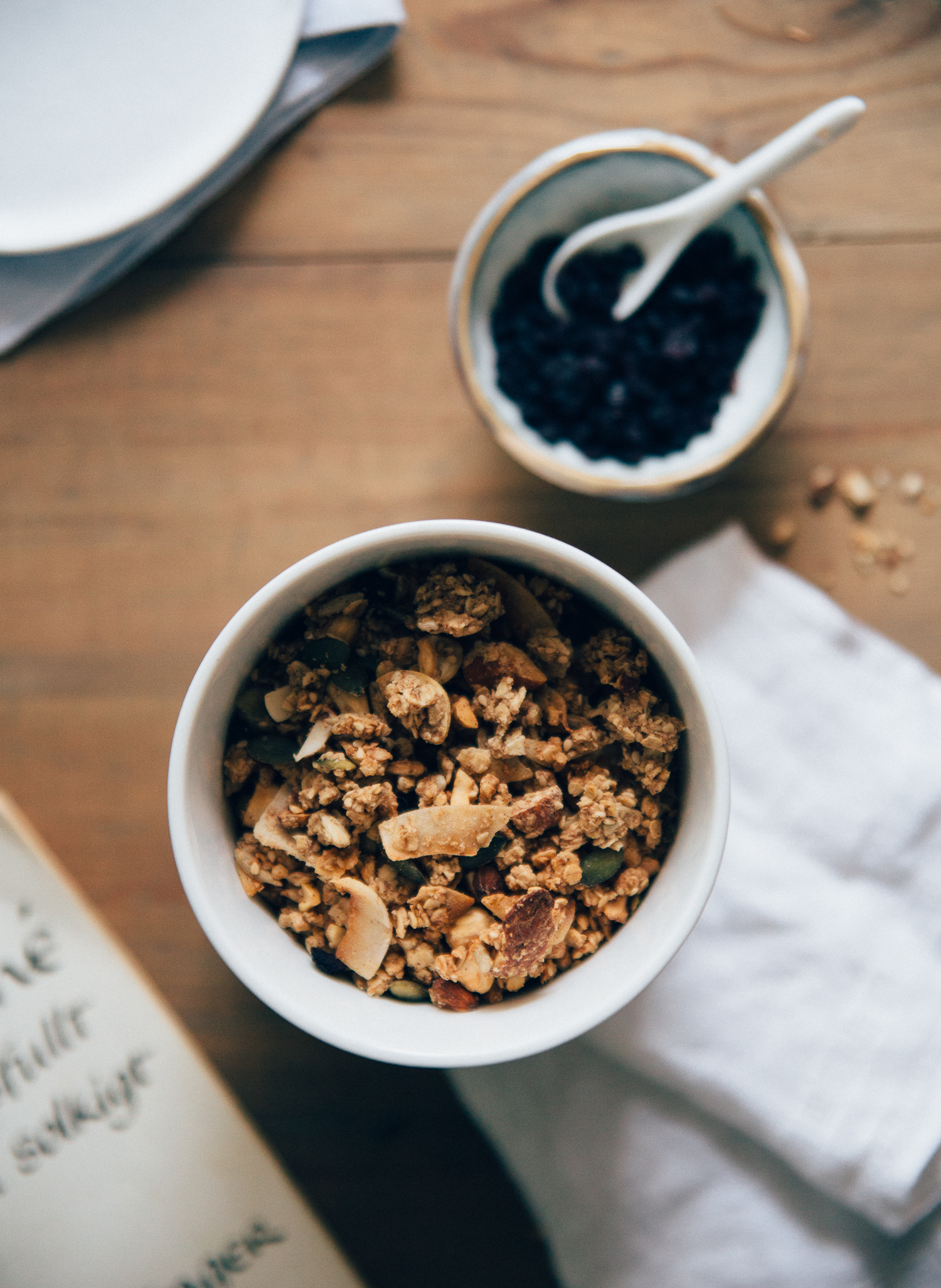 Crowd-Pleasing Cluster Granola with Cinnamon & Blueberries | Cashew Kitchen