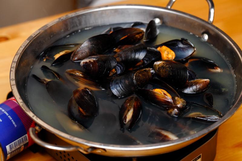 Sola Pocha Mussel Soup