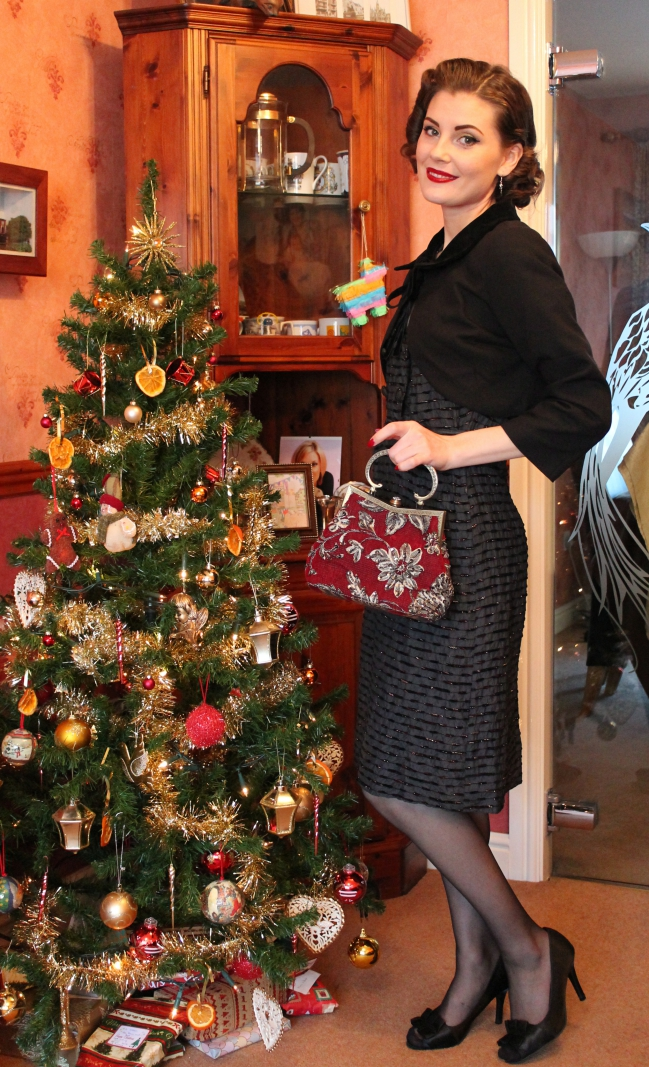 1950s christmas vintage outfit via lovebirdsvintage.co.uk