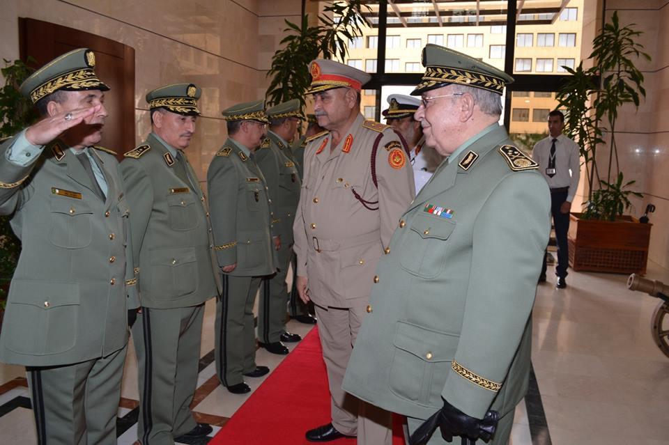 الجزائر : صلاحيات نائب وزير الدفاع الوطني - صفحة 5 30692396601_201a678056_o