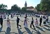 Kulturnachmittag in der alten Schule mit 10 verschiedenen Tanzgruppen