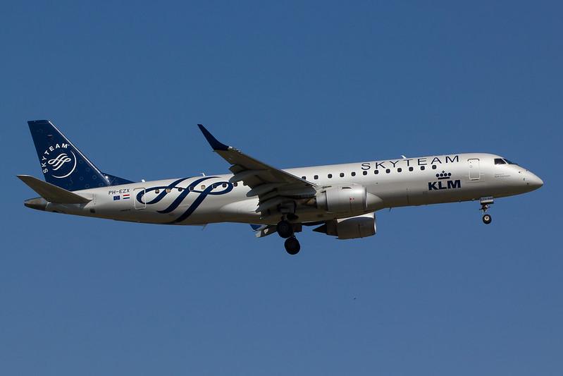 KLM - E190 - PH-EZX (1)