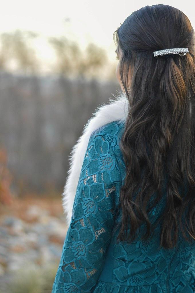 lace-holiday-dress