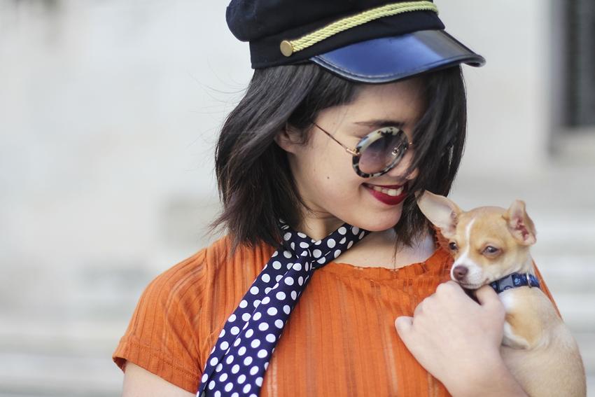 gafas redondas miu miu y skinny scarf de lunares tendencia otoño 2015 myblueberrynightsblog