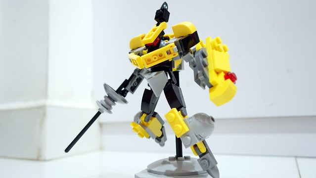 yellowknightmech06