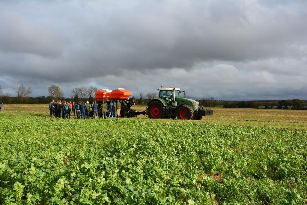 3 December 2015 - 1 Cover crop%2c direct drill and group (1)