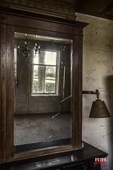 Urbex interieur van een huis langs de Vecht