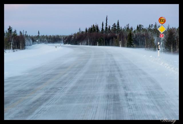 Laponia Tankavaara aurora boreal - Nubes de nieve