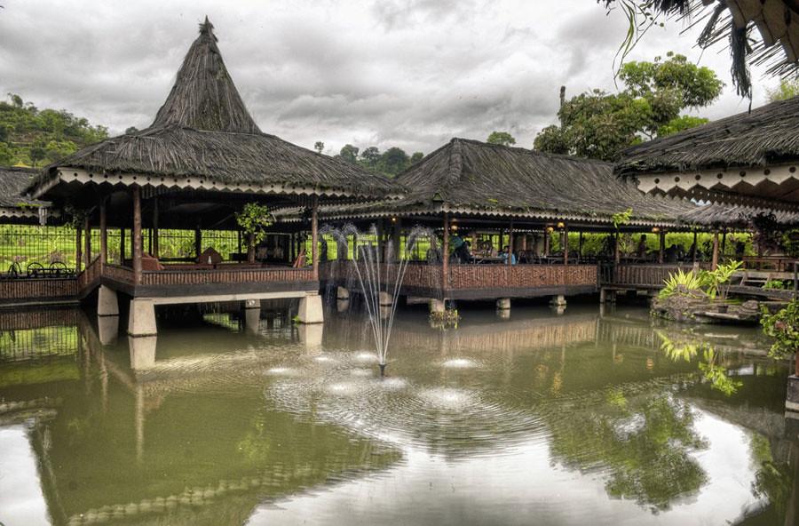 the-sindang-reret-restaurant2 via nigellow