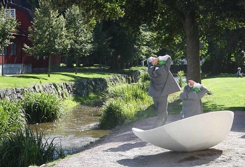 Blauba – Grodorna – i samband med invigningen av nya konstträdgården i Söderköping