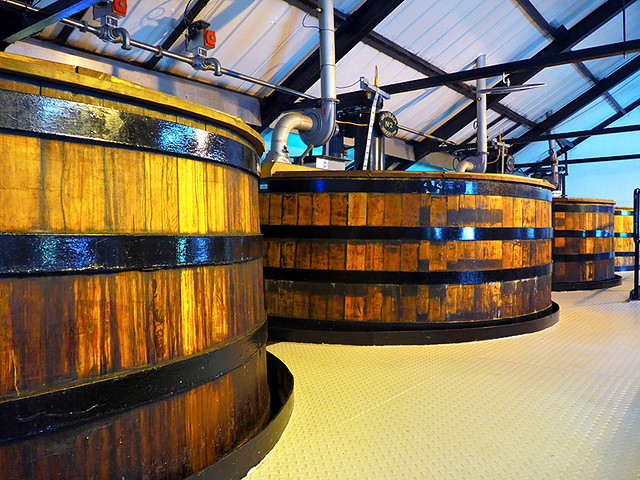 photo - Washback Tanks, Auchentoshan Distillery
