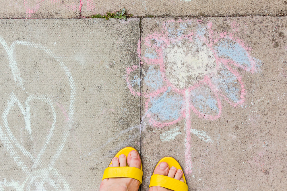 primrose hill london kids chalk drawings on the ground