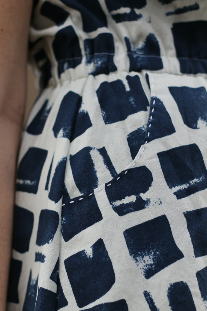 Pocket detail- Blank Slate Patterns Marigold Dress sewn by Dixie DIY - perfect modern dress pattern