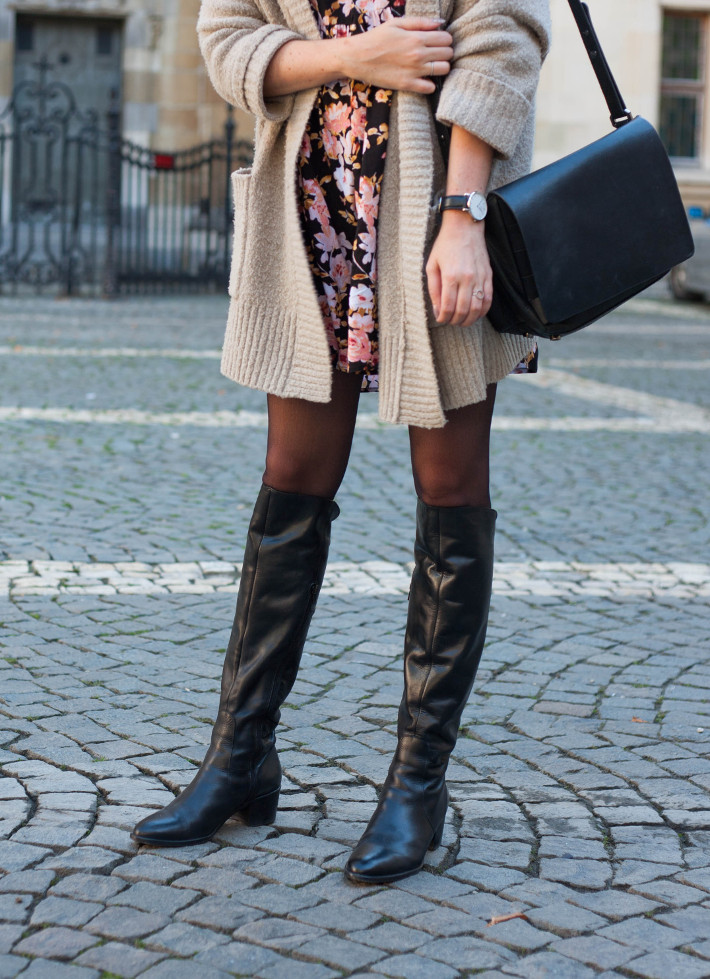flat over knee boots