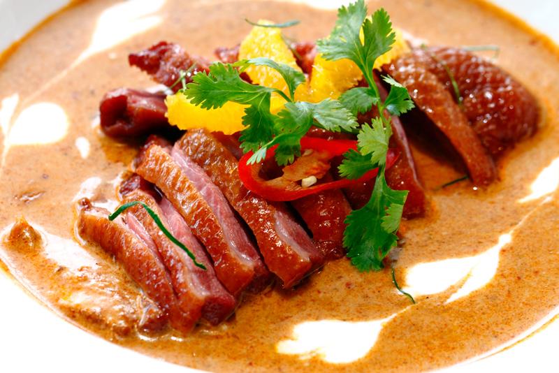 Baan Kun Ya Smoked-Duck-Red-Curry