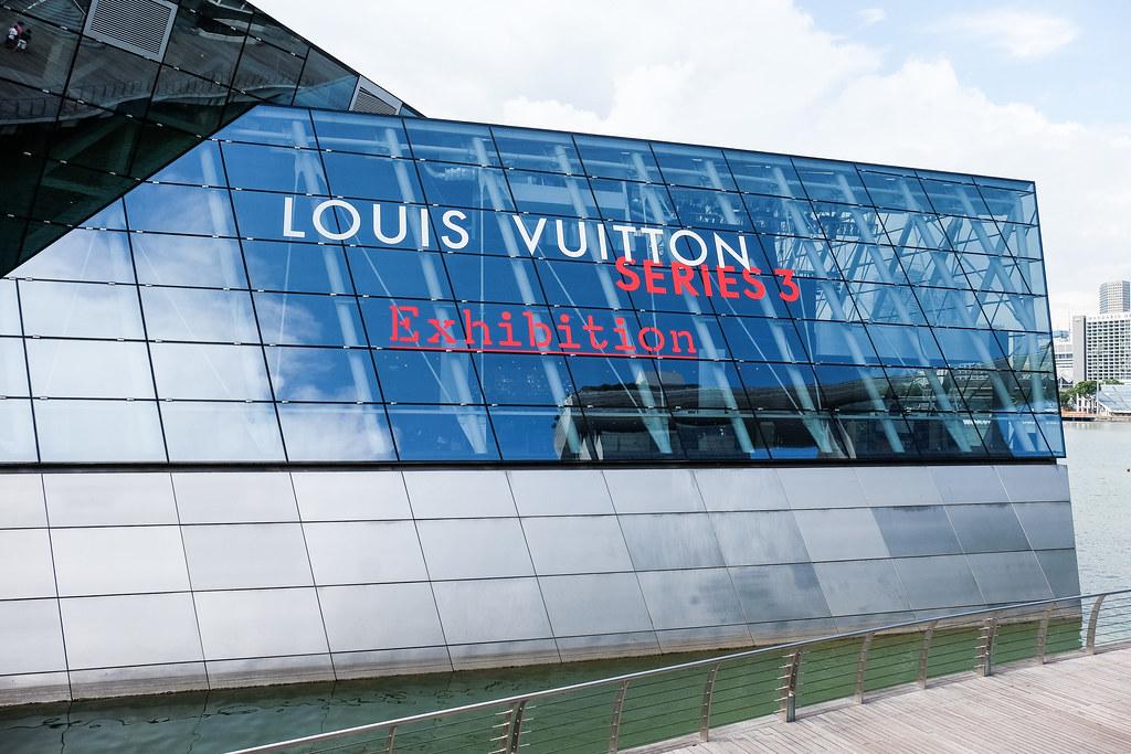 Louis-Vuitton-Series3-Exterior