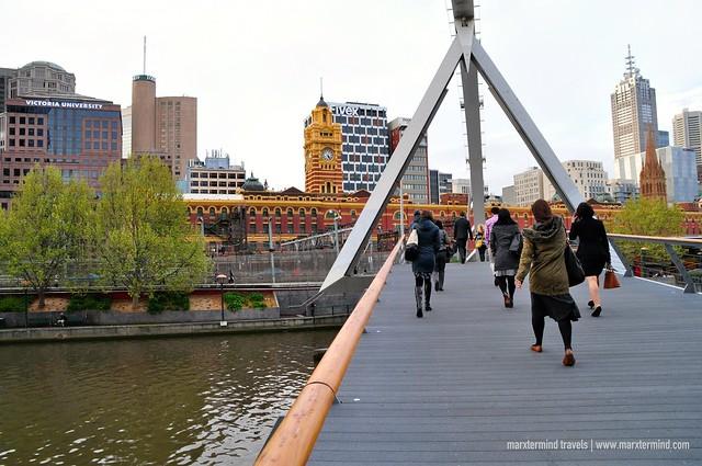 Southbank Pedestrian Bridge Melbourne