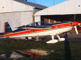 Extra 300 at Aeroclub La Plata