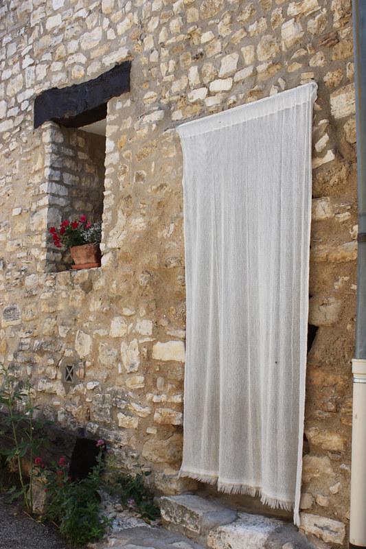 20130704_5939-Caseneuve-door-curtain-w