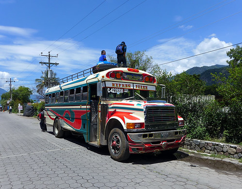 Chicken bus en Panajachel