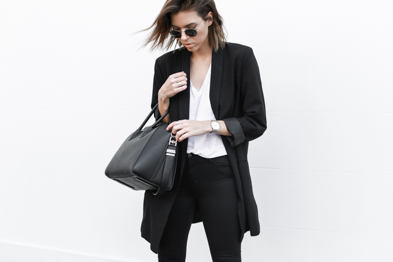 J BRAND black denim jeans, off duty, street style, classic white tee, oversized blazer, fashion blog, modern legacy (1 of 1)