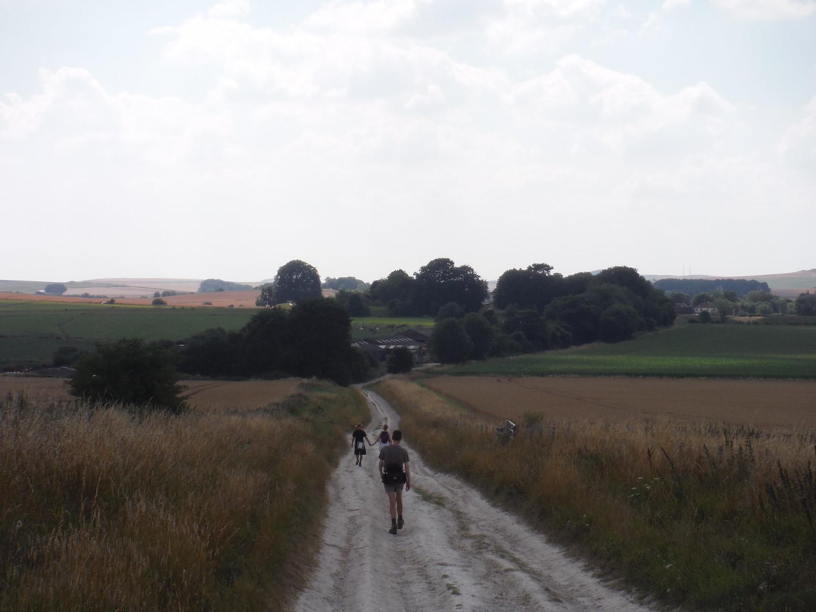 Along The Wessex Ridgeway to Avebury SWC Walk 255 Pewsey or Marlborough Circular via Avebury