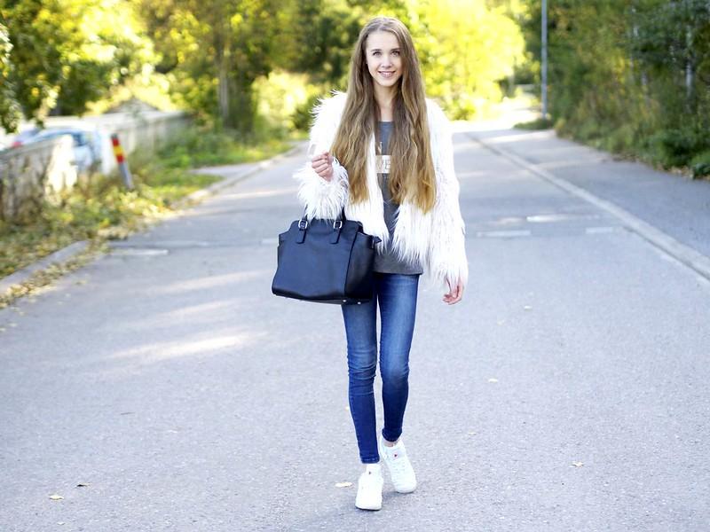 bloggerslounge1