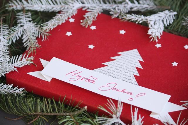 Joululahjojen paketointi-idea Kaikki Paketissa