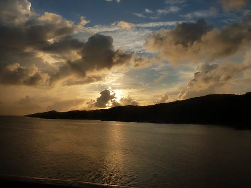 cruise sunset vacation honduras caribbean roatan centralamerica ncl norwegiancruiseline nclstar