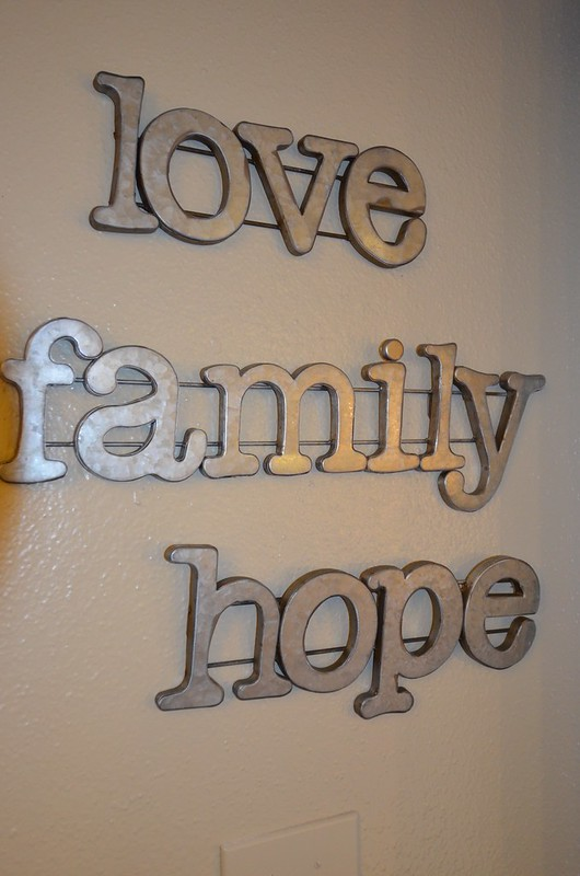 Elves in Disguise 2015: Love, Family Hope