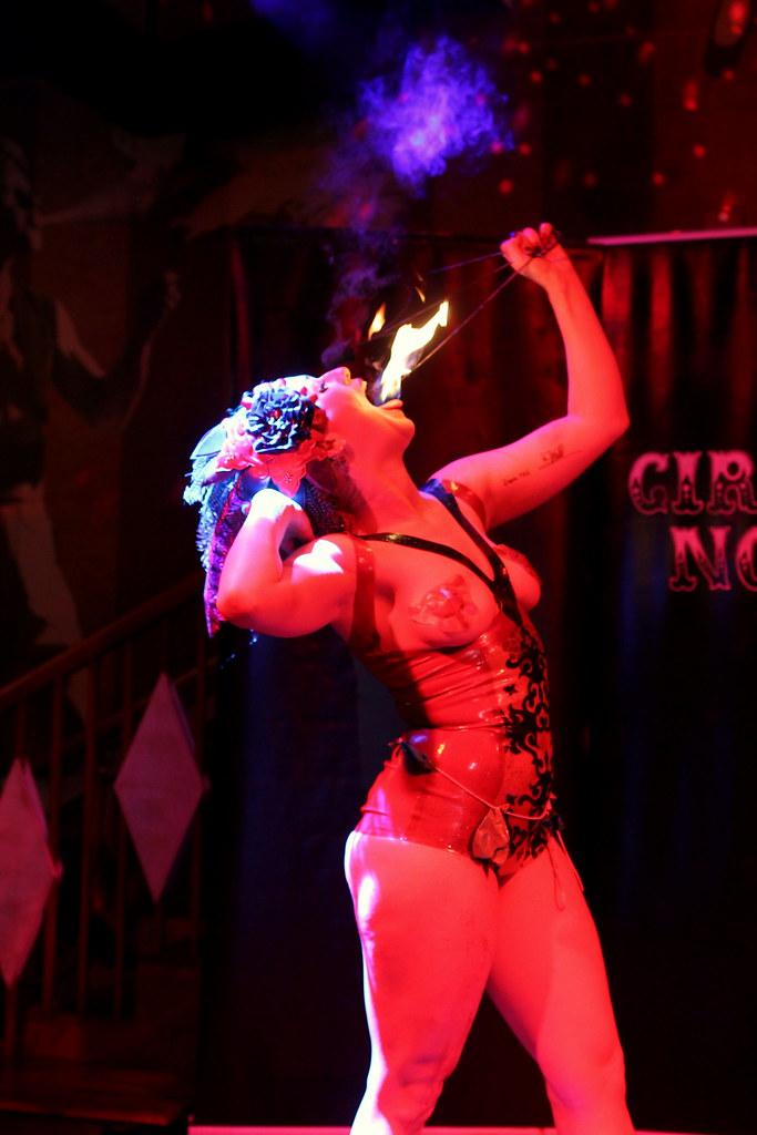 Cirque Noir Trapeze Bar (30)