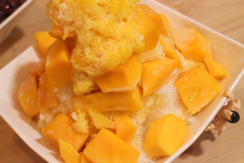 【新北市三重冰店】ICE REAL,平價新鮮芒果冰+好吃的抹茶紅豆冰