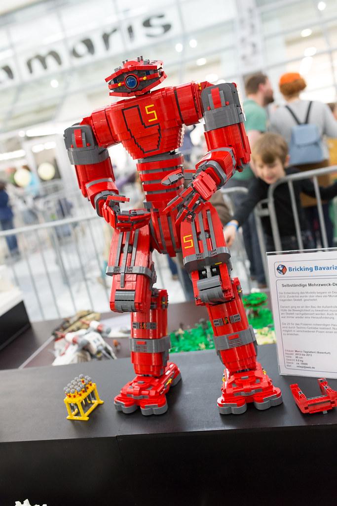 [LUG Exhibition]:Bricking Bavaria (Μόναχο 1-11-2013) pic heavy 21305616429_e1760a7c26_b