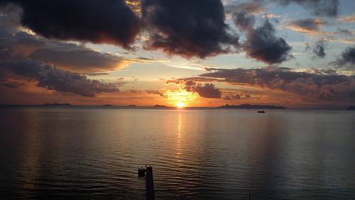 今日のサムイ島 バーンタリンガムからのサンセット