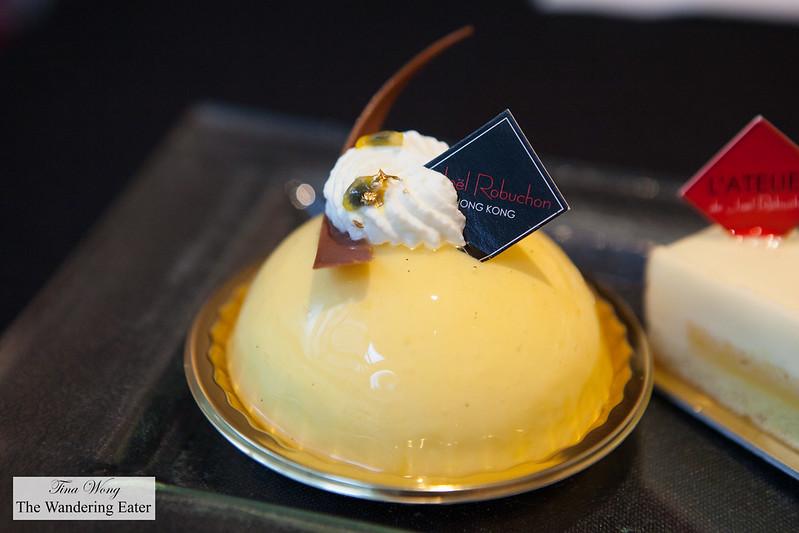Mango pineapple cake