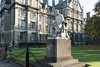 STATUE IN TRINITY [ GEORGE SALMON ]-108707 by infomatique