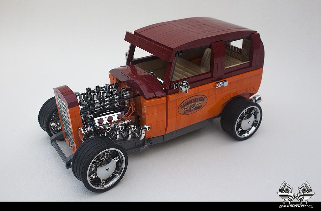Ford 32' Tudor Hot Rod, scaled 1/10 in Lego