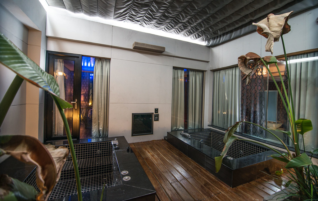 台南汽車旅館開趴 媜13選擇最多又超貼心 --房型605