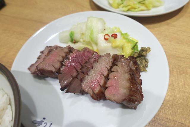 『牛たん炭焼 利久』パセオ店で牛たん『極』定食 3回目_05