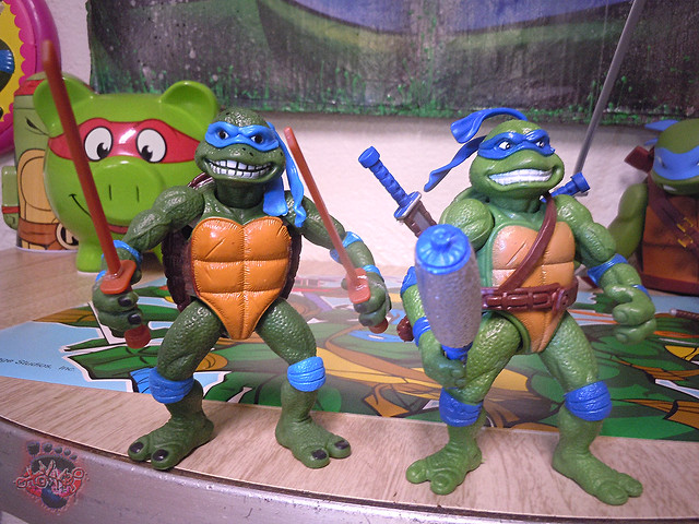 "Nickelodeon ""HISTORY OF TEENAGE MUTANT NINJA TURTLES"" FEATURING LEONARDO - 'MOVIE STAR' LEO vii / ..with Original MOVIE STAR Leo bootleg '15 (( 2015 ))"