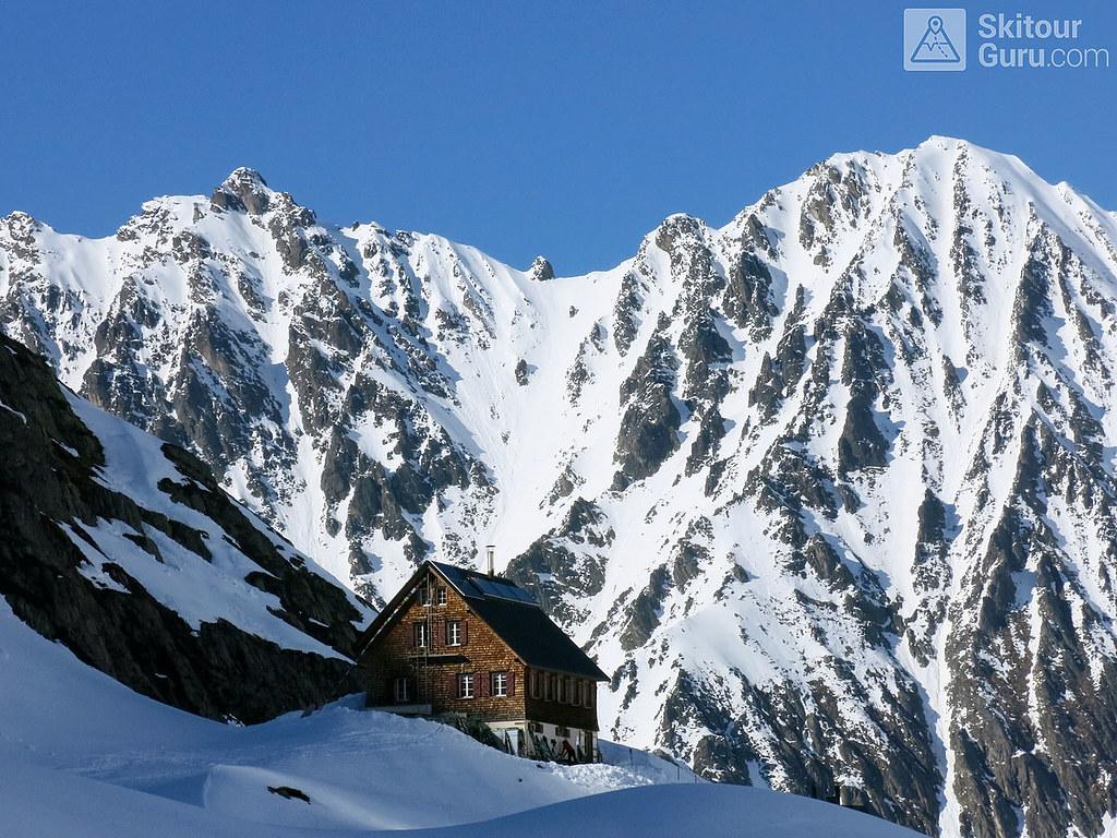 Haute Route Swiss Glacier, Gaulihütte, Berner Alpen:http://skitourguru.com/oblast/12-berner-alpen-alpes-bernoise, Switzerland.