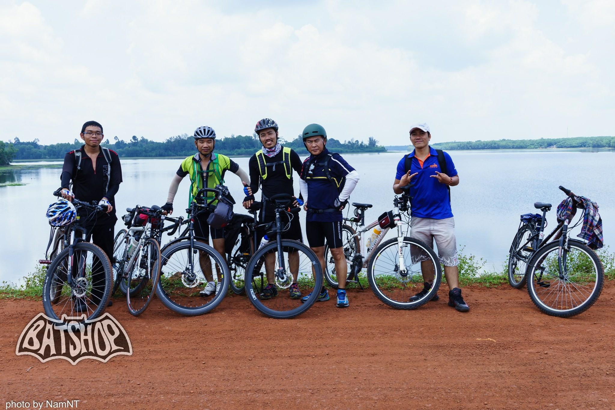 20638015702 daed7d087d k - Hồ Cần Nôm-Dầu Tiếng chuyến đạp xe, băng rừng, leo núi, tắm hồ, mần gà
