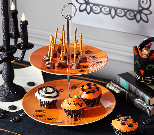 Halloween Tiered Stand