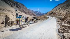Masala Trip - на мотоциклах Royal Enfield путешествуют по Индостану