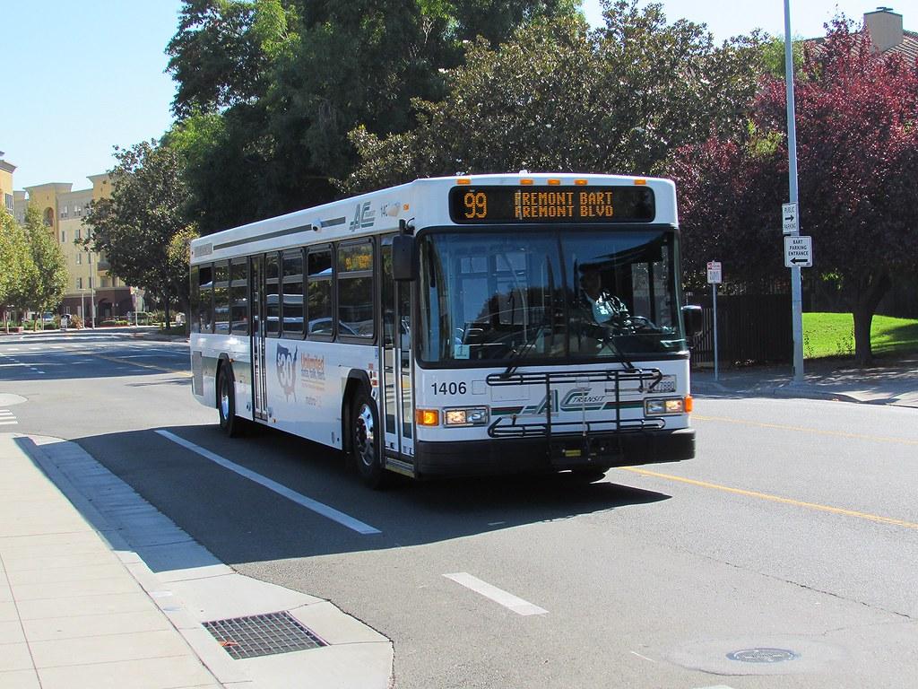 AC Transit Gillig LF 1406 | blount photos | Flickr