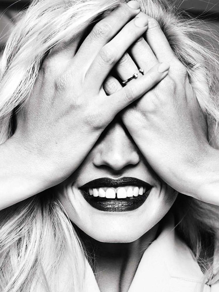 Лара Стоун — Фотосессия для «Glamour» ES 2015 – 2